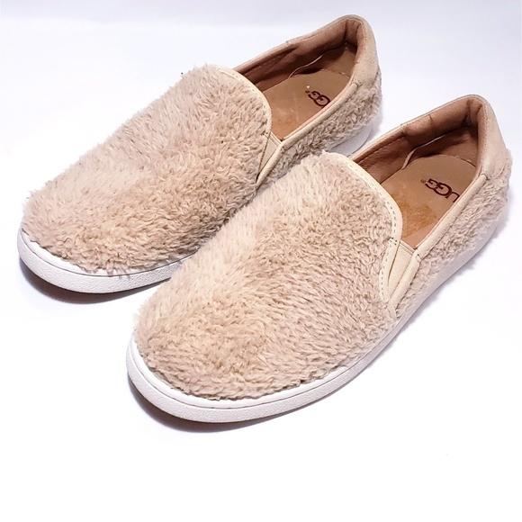 8982d82b82b UGG Ricci Slip-On Sneaker